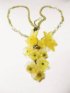 daffodil necklace beads